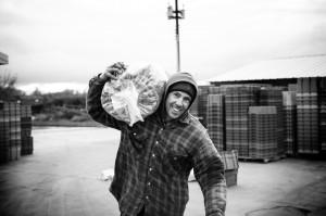 Aaron slingin' potatoes